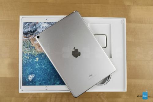 Mở hộp máy tính bảng tốt nhất thế giới – iPad Pro 10,5 inch - 1