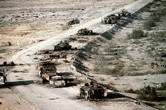 Chiến tranh vùng Vịnh: Trận càn tàn khốc ở Xa lộ Tử thần - 4