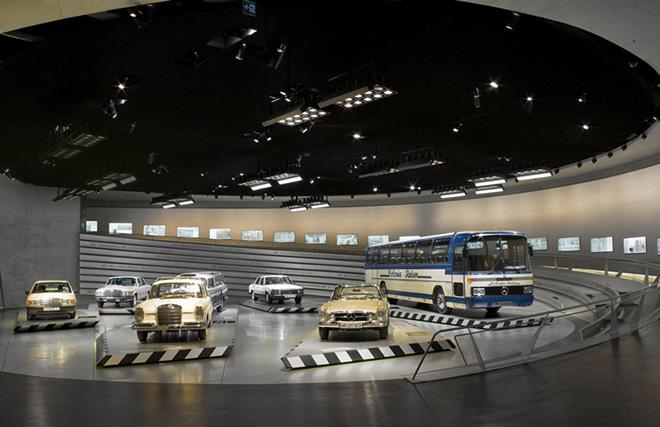 1.Bảo tàng Mercedes-Benz tại thành phố Stuttgart – Đức (ảnh: Mercedes-Benz)