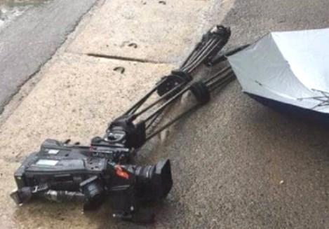 Bắt khẩn cấp tài xế lao xe vào nhóm phóng viên VTV, phá máy quay tiền tỷ