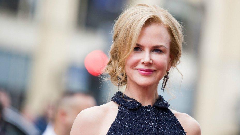 """Vợ cũ ngày càng sexy thế này, bảo sao Tom Cruise cứ muốn """"rủ rê"""" - 4"""