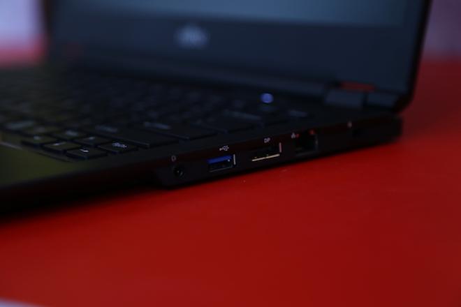 Laptop bảo mật bằng tĩnh mạch lòng bàn tay, giá từ 33 triệu đồng - 3