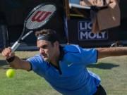 Thể thao - Federer thua sốc bạn thân: 18 năm mới đánh tệ như vậy