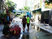 Tin tức trong ngày - Cháy nhà nghỉ ở Sài Gòn, nhiều đôi nam nữ tháo chạy