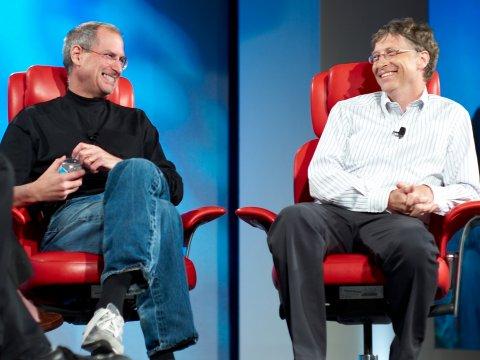 Steve Jobs & Bill Gates cảm thấy thế nào khi đọc được những lời chê bai mình? - 1