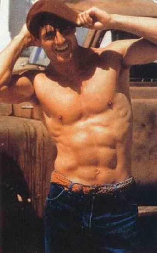 U60 Tom Cruise hé lộ tuyệt kỹ giữ phong độ trước các người tình màn ảnh - 15