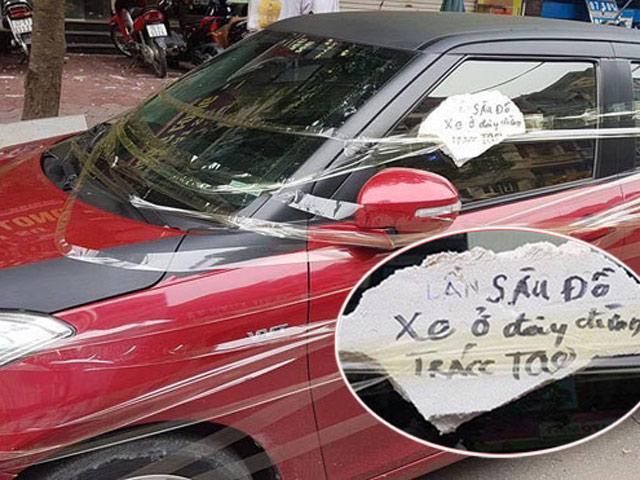 """Người dán chữ """"Lần sau đỗ xe ở đây đừng trách tao"""" có bị xử phạt?"""