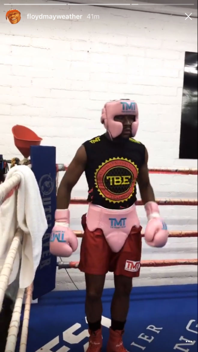 Boxing tỷ đô: Mayweather xỏ găng luyện võ, chờ đấm gục McGregor - ảnh 3