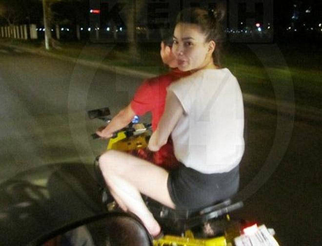Thuỷ Tiên phân trần việc Công Vinh bị chỉ trích vì vi phạm luật giao thông - 3
