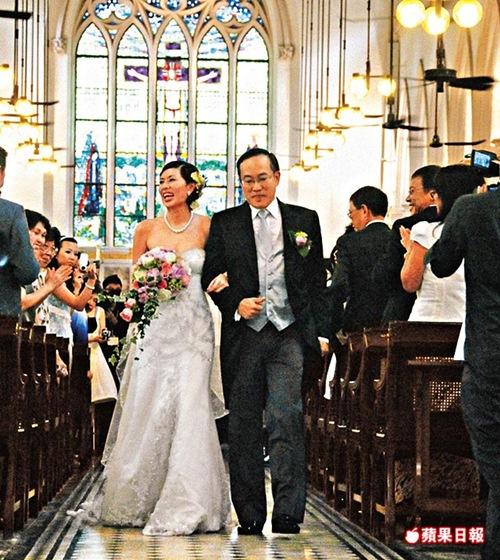 Phận đời 3 chìm 7 nổi của người đẹp duy nhất được Châu Tinh Trì thừa nhận yêu - 7