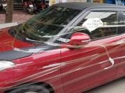 """Tin tức trong ngày - Tin mới vụ ô tô bị dán dòng chữ """"Lần sau đỗ xe ở đây đừng trách tao"""""""