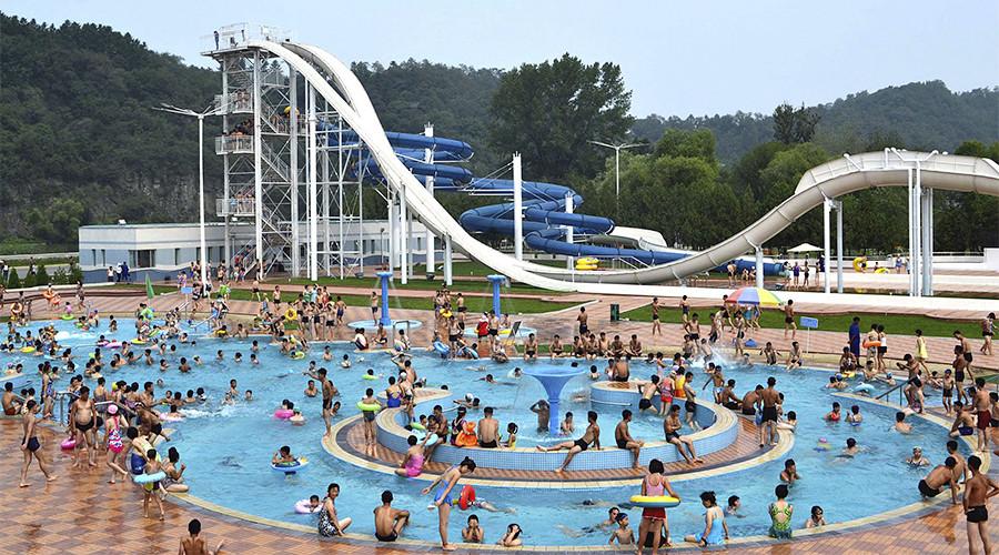 Triều Tiên mở rộng cửa chào đón khách du lịch - 1