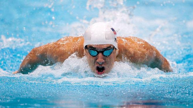 """Michael Phelps đối đầu cá mập trắng bên đường đua """"chết chóc"""" - 1"""