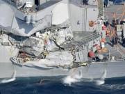 Thế giới - Cận cảnh chiến hạm 1,5 tỷ USD Mỹ bị tàu hàng đâm hỏng