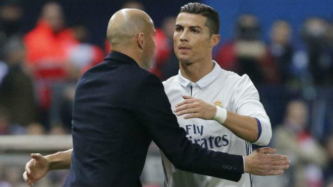 Ronaldo quyết rời Real: Chelsea dùng độc chiêu câu kéo - ảnh 2
