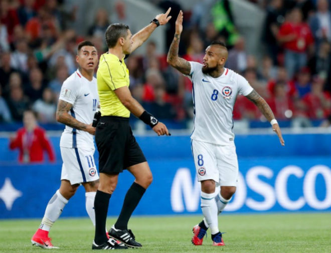 Chile - Cameroon: Điên rồ 2 khoảnh khắc bù giờ  (Confed Cup 2017)