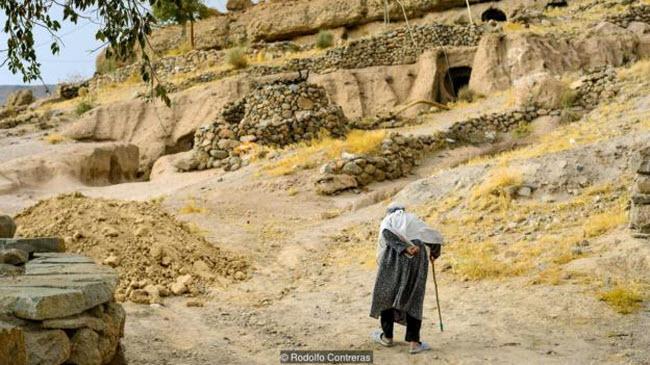 """Đột nhập ngôi làng 10.000 năm tuổi """"ẩn náu"""" trong hang động - 8"""