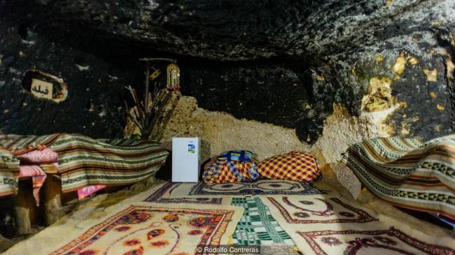 """Đột nhập ngôi làng 10.000 năm tuổi """"ẩn náu"""" trong hang động - 4"""