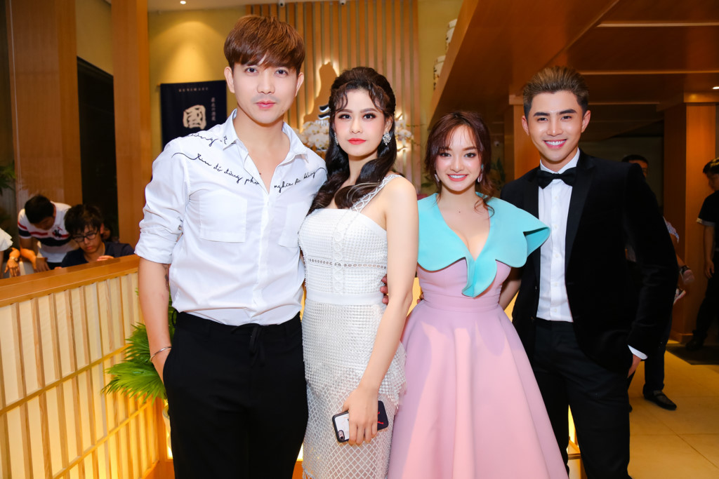 """Gái 18 Kaity Nguyễn phổng phao """"vượt mặt"""" Thủy Top, Elly Trần - 10"""