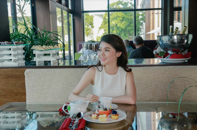 Theo chân Á hậu Thùy Dung trải nghiệm mùa hè tại Sunrise Premium Resort & Spa Hội An - 6