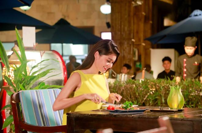 Theo chân Á hậu Thùy Dung trải nghiệm mùa hè tại Sunrise Premium Resort & Spa Hội An - 7