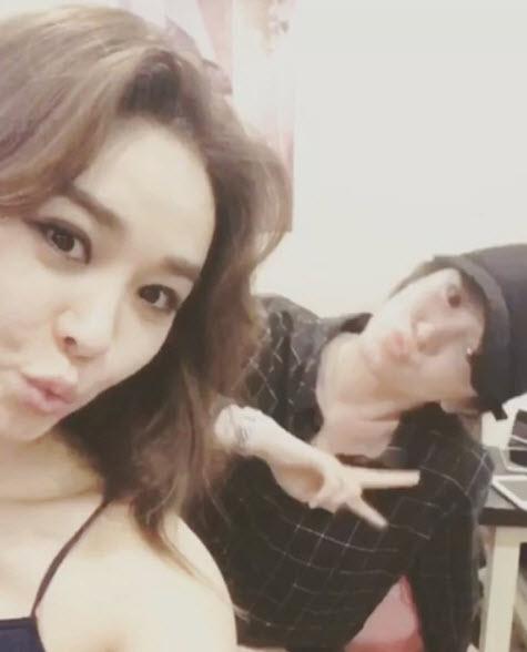 Song Hye Kyo nói về tin hẹn hò qua đêm với phi công trẻ - ảnh 8