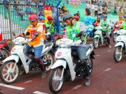 Xe máy - Xe đạp - Trải nghiệm xe Tiết kiệm nhiên liệu tại Hà Nội: Lái xe hay – rinh quà ngay