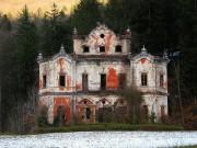 Du lịch - Câu chuyện đau lòng đằng sau biệt thự xinh đẹp bị bỏ hoang ở Ý
