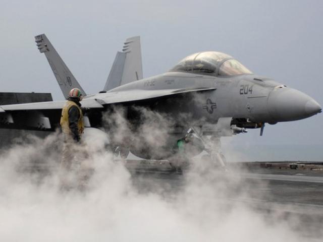 Mỹ đáp trả vụ Nga tuyên bố bắn hạ mọi máy bay ở Syria