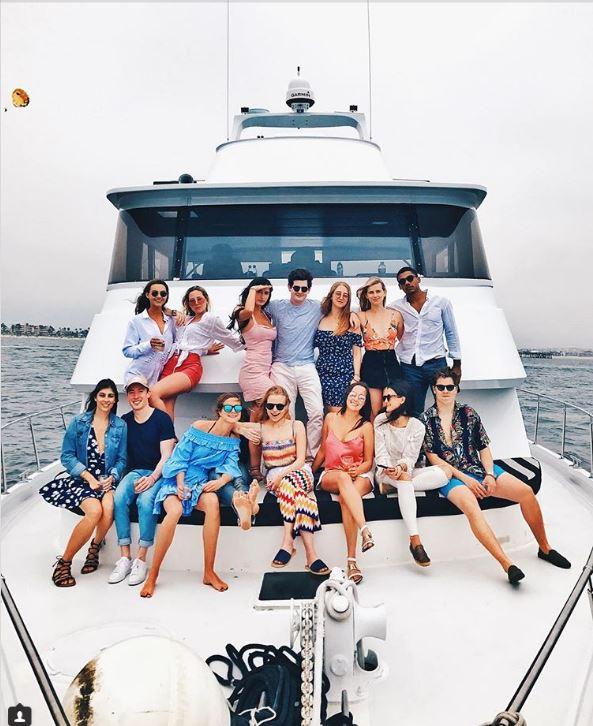 Lác mắt với kì nghỉ hè sang chảnh của hội con nhà giàu TG - 6