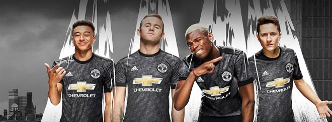 """Rooney bám riết MU: Tương lai """"mài đũng quần"""" với Mourinho?"""