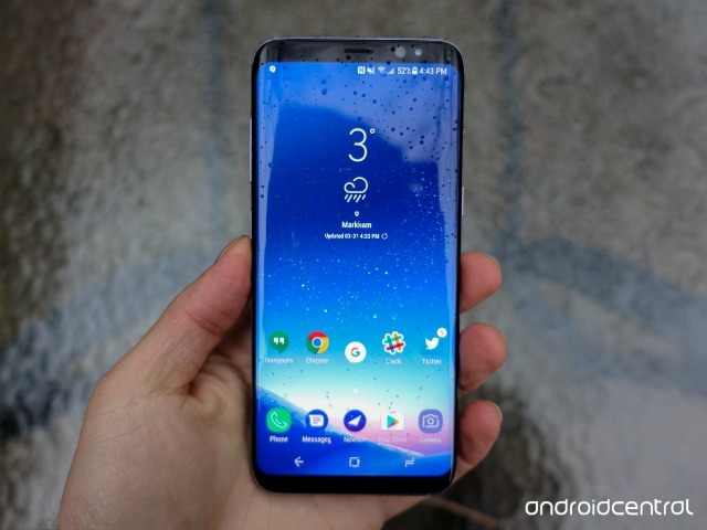 HOT: Samsung Galaxy S8 giảm giá 50%