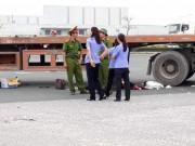 Tin tức trong ngày - Va chạm xe container, chồng tử vong, vợ và 2 con nguy kịch