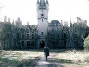 """Rợn người,  """" săn ma """"  trong lâu đài cổ bị bỏ hoang ở Bỉ"""