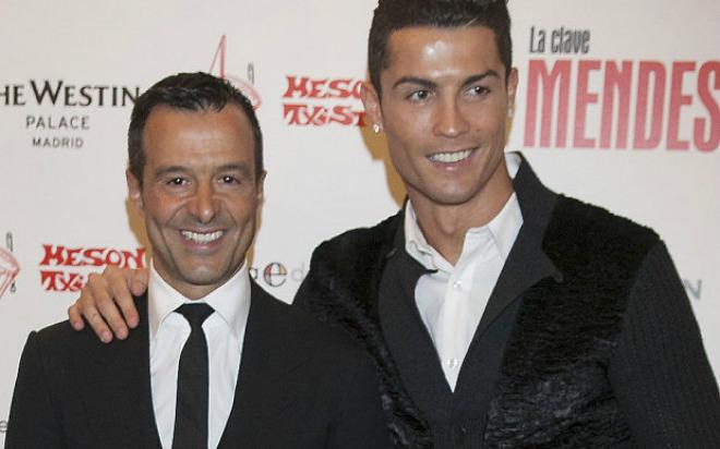 """Ronaldo thông báo Ramos sẽ rời Real, """"ngầm"""" thừa nhận trốn thuế - 4"""