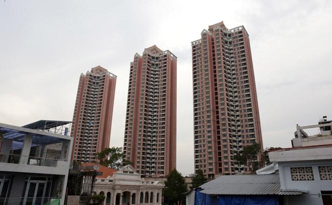 """Tòa nhà """"3 cây nhang"""" ở SG lột xác sau 20 năm dính lời đồn """"ma ám"""" - 1"""
