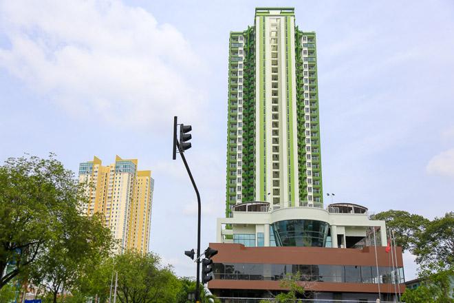 """Tòa nhà """"3 cây nhang"""" ở SG lột xác sau 20 năm dính lời đồn """"ma ám"""" - 12"""