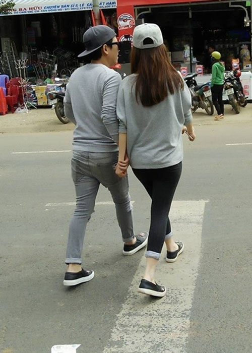 """Phải chăng Trấn Thành, Trường Giang """"mượn"""" quần của vợ, bạn gái? - 12"""