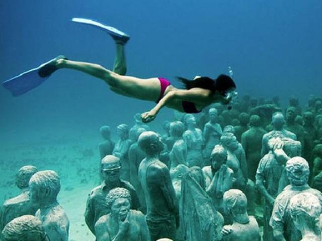 Thám hiểm ngôi đền tượng Phật bí ẩn dưới đáy biển - 1