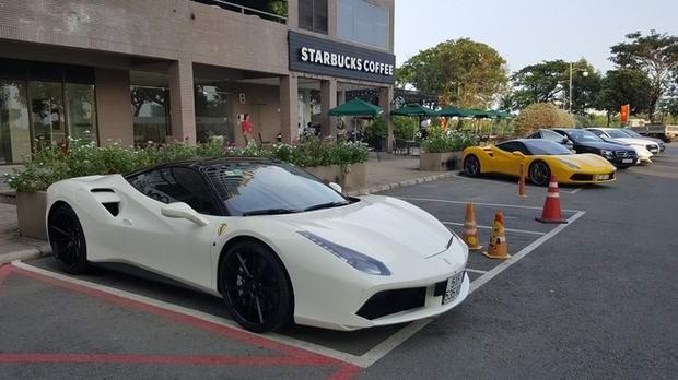 Cận cảnh Ferrari 488 GTB của thiếu gia Hà Nội - 1