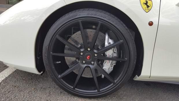 Cận cảnh Ferrari 488 GTB của thiếu gia Hà Nội - 3