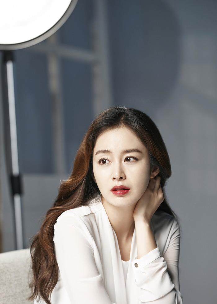 """Bi Rain bị fan """"đối xử tệ"""" vì Kim Tae Hee có bầu - 1"""