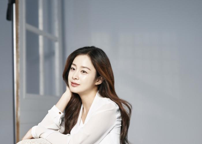 """Bi Rain bị fan """"đối xử tệ"""" vì Kim Tae Hee có bầu - 2"""