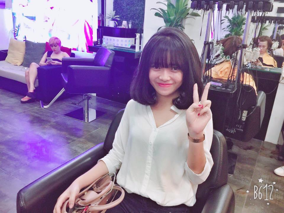 """Việt Huê nóng bỏng vẫn ít nhiều """"kiêng dè"""" em gái hot girl - 3"""