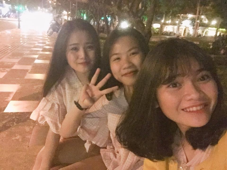 """Việt Huê nóng bỏng vẫn ít nhiều """"kiêng dè"""" em gái hot girl - 8"""