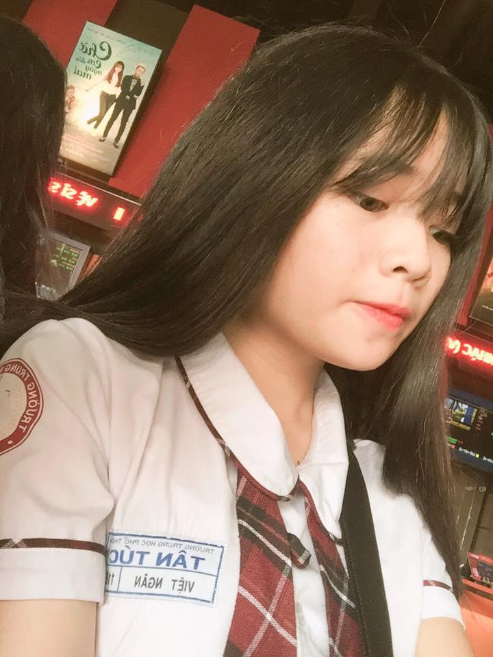 """Việt Huê nóng bỏng vẫn ít nhiều """"kiêng dè"""" em gái hot girl - 14"""