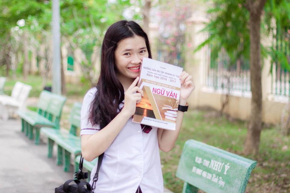 """Việt Huê nóng bỏng vẫn ít nhiều """"kiêng dè"""" em gái hot girl - 15"""