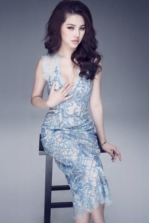 """Hoa hậu Việt sở hữu """"số đo vàng"""" mặc trong suốt đến ngỡ ngàng - 8"""