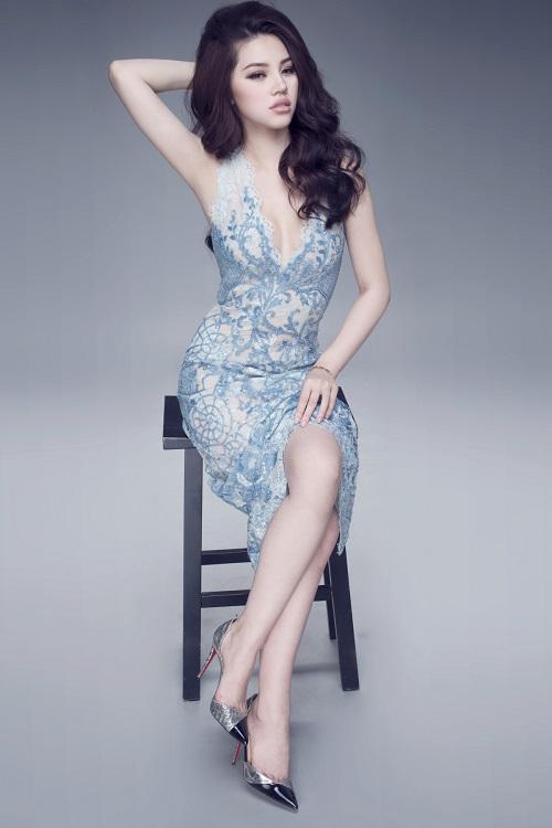 """Hoa hậu Việt sở hữu """"số đo vàng"""" mặc trong suốt đến ngỡ ngàng - 5"""
