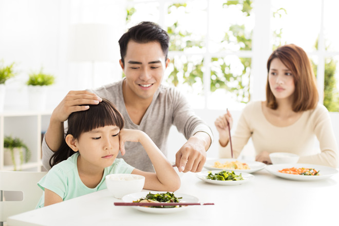 Chi bộn tiền chăm dinh dưỡng cho con nhưng nhiều mẹ không biết đến nguyên tắc này - 1